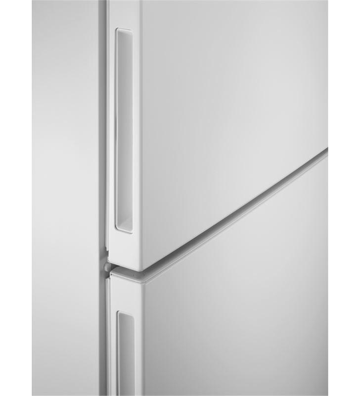 Electrolux LNC7ME32W1 frigorífico combi e 186cm Frigoríficos combinados - 86227045_1886611739